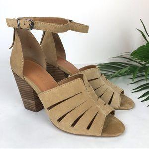 1. STATE Nallay Suede Block Heel Sandal Sz 8.5 39